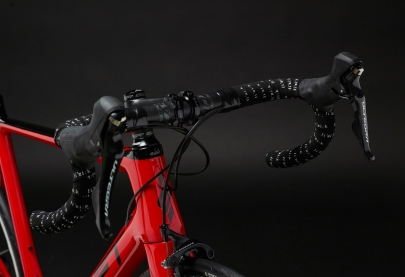 SwiftCarbon Ultravox Ultegra Race Bike